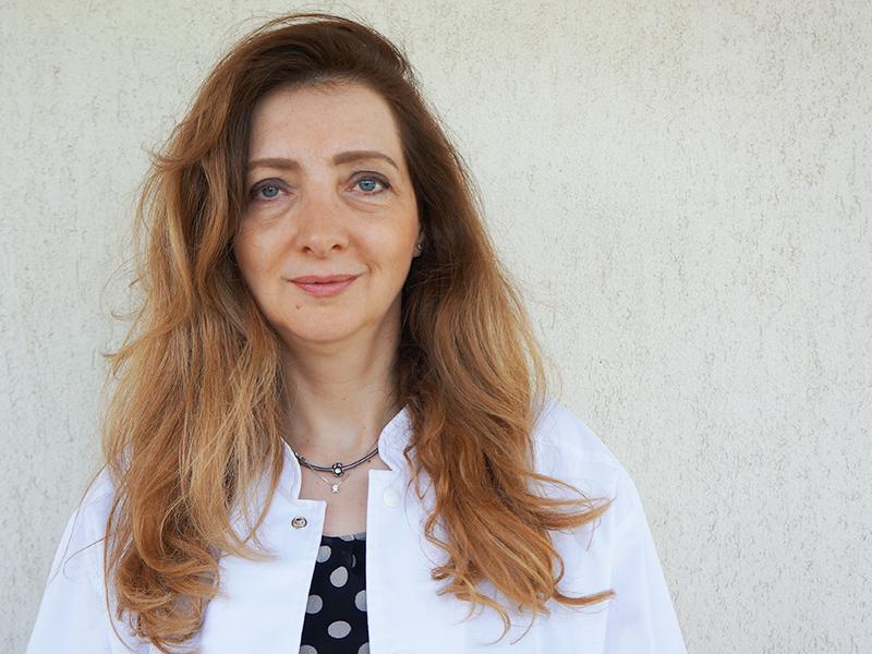 Dr. Ioana Lazariuc